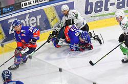 17.09.2021, Tiroler Wasserkraft Arena, Innsbruck, AUT, ICE, HC TWK Innsbruck Die Haie vs HK SZ Olimpija, Grunddurchgang, 1. Runde, im Bild v.l. Dario Winkler (HC TIWAG Innsbruck), Tim McGauley (HC TIWAG Innsbruck) // during the bet-at-home ICE Hockey League Basic round 1th round match between HC TWK Innsbruck Die Haie and HK SZ Olimpija at the Tiroler Wasserkraft Arena in Innsbruck, Austria on 2021/09/17. EXPA Pictures © 2021, PhotoCredit: EXPA/ Erich Spiess