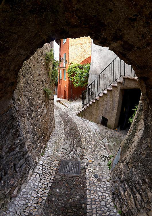 Italy - Malcesine - Old street passage