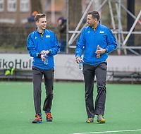 BLOEMENDAAL - Scheidsrechters Joost Andela en Berry van Bentum (l)  na de hoofdklasse hockeywedstrijd dames, Bloemendaal-SCHC (1-4) .  COPYRIGHT  KOEN SUYK
