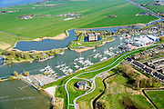 Nederland, Noord-Holland, Gemeente Gooise Meren, 20-04-2015; Vesting Muiden, Westbatterij, onderdeel Hollandse Waterlinie. Muiderslot in de achtergrond. <br /> Fortress Muiden, West Battery, part Dutch Waterline.<br /> <br /> luchtfoto (toeslag op standard tarieven);<br /> aerial photo (additional fee required);<br /> copyright foto/photo Siebe Swart