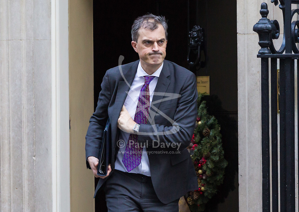 London, December 19 2017. Conservative Chief Whip Julian Smith leaves 10 Downing Street following the last cabinet meeting before the Christmas break. © Paul Davey