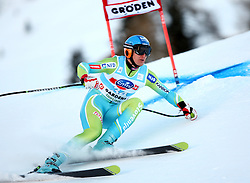 Andrej Sporn of Slovenia during the Men's Super-G of the Audi FIS Ski World Cup Val Gardena 2009/10, on Friday, December 18, 2009 in Val Gardena  - Groeden, Italy. The Audi FIS Ski World Cup 2009/10 is taking place in South Tyrol until Monday the 21st of December 2009. (Photo by Pierre Teyssot / Sportida.com)