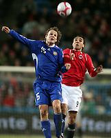Fotball , 01. april 2009 , Privatkamp , Norge - Finland<br /> Norway - Finland<br /> Mohammed Abdellaoue (Moa) , Norge mot Markus Heikkinen , Finland
