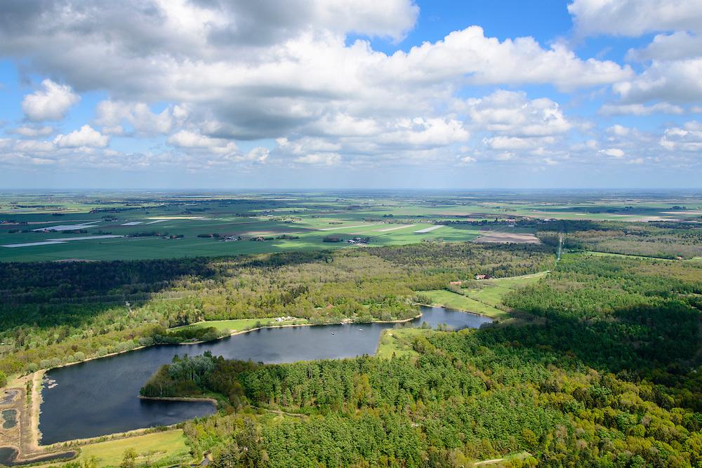 Nederland, Flevoland, Noordoostpolder, 07-05-2015; Kuinderbos, ten westen van Kuinre. Aangeplant na de droogvalling van de NOP in de periode 1947-1953.<br /> Plotted wood, planted after reclamation of the polder in the period 1947-1953.<br /> luchtfoto (toeslag op standard tarieven);<br /> aerial photo (additional fee required);<br /> copyright foto/photo Siebe Swart