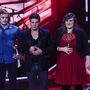 NLD/Hilversum/20121109 - The Voice of Holland 1e liveuitzending, Sam Holden, Sifra Geesink en Marjet van den Brand