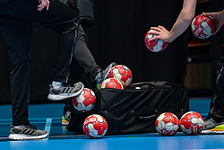 All the balls into the bag during the Women's friendly match between Netherlands and Slovenia at De Maaspoort on march 19, 2021 in Den Bosch, Netherlands (Photo by RHF Agency/Ronald Hoogendoorn)