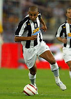 Bari 3/8/2004 Trofeo Birra Moretti - Juventus Inter Palermo. <br /> <br /> David Trezeguet Juventus<br /> <br /> Risultati / results (gare da 45 min. each game 45 min.) <br /> <br /> Juventus - Inter 1-0 Palermo - Inter 2-1 Juventus b. Palermo dopo/after shoot out <br /> <br /> Photo GPS