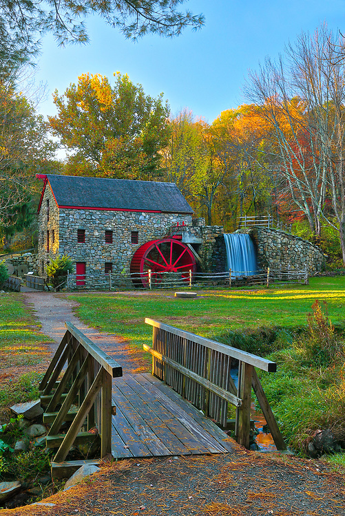 Returned to the historic Wayside Inn Grist Mill to take in the scenery during fall foliage. Autumn colors were still apparent and brilliant. This local New England landmark is located in Sudbury, Massachusetts. <br />