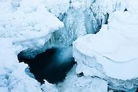 Fotlandsfossen ved Bryne i Time kommune under et tykt lag med is, etter en lang periode med kaldt vær. Rogaland.