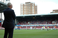 Photo: Tony Oudot. <br /> West Ham United v Manchester City. Barclays Premiership. 11/08/2007. <br /> Manchester City manager Sven Goran Eriksson watches his team warm up as he prepares to take charge of his first premiership match