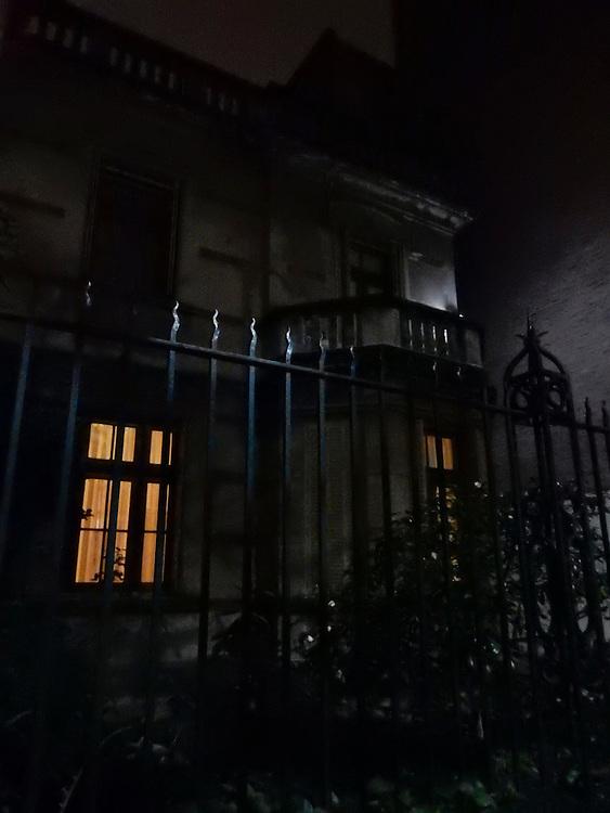 Todos ellos / Buenos Aires, Argentina.<br /> <br /> Edición de 3 | Víctor Santamaría.