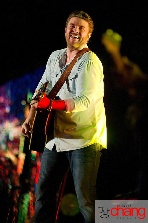 ORANGE BEACH, AL - JUNE 15: Chris Young performs at The Amphitheater at the Wharf on June 15, 2013 in Orange Beach, Alabama. (Photo by Michael Chang/Getty Images)