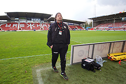 WREXHAM, WALES - Monday, May 2, 2016: The New Saints' manager Craig Harrison celebrates after the 2-0 victory over Airbus UK Broughton during the 129th Welsh Cup Final at the Racecourse Ground. (Pic by David Rawcliffe/Propaganda)