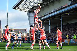 Stuart Hooper (Bath) competes with Will James (Gloucester) for the ball at a lineout - Photo mandatory by-line: Patrick Khachfe/JMP - Tel: Mobile: 07966 386802 12/04/2014 - SPORT - RUGBY UNION - Kingsholm Stadium, Gloucester - Gloucester Rugby v Bath Rugby - Aviva Premiership.