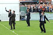 Koninginnedag 2008 / Queensday 2008. <br /> <br /> Koningin Beatrix viert Koninginnedag dit jaar in Friesland. De vorstin en haar familie bezochten op 30 april Makkum en Franeker.<br /> <br /> Queen Beatrix celebrates Queensday this year in Friesland (the Nothren provice in Holland). The Queen and its family visited Makkum and Franeker on 30 April.<br /> <br /> Op de foto/ On the Photo: The Dutch Prince playing a local Game / De Prinsen spelen Kaatsen