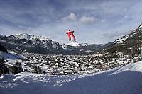 Hopp<br /> Hoppuka 2005/2006<br /> Foto: imago/Digitalsport<br /> NORWAY ONLY<br /> <br /> 31.12.2005  <br /> <br /> Janne Ahonen (Finnland) fliegt ins Tal von Garmisch Partenkirchen