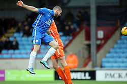 Conor Washington of Peterborough United scores his first goal of the game - Mandatory byline: Joe Dent/JMP - 07966 386802 - 28/11/2015 - FOOTBALL - Glanford Park - Scunthorpe, England - Scunthorpe United v Peterborough United - Sky Bet League One