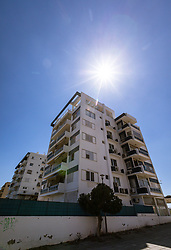 THEMENBILD - ein Wohnhaus im Gegenlicht an einem heissen Sommertag, aufgenommen am 16. August 2018 in Larnaka, Zypern // a residential building in the backlight on a hot summer Day, Larnaca, Cyprus on 2018/08/16. EXPA Pictures © 2018, PhotoCredit: EXPA/ JFK