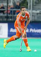 ROTTERDAM - HOCKEY - Valentin Verga  tijdens de wedstrijd tussen de mannen bvan Nederland en Nieuw Zeeland (3-3)  bij de Rabobank Hockey World League in Rotterdam. ANP KOEN SUYK