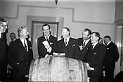 03/03/1964<br /> 03/03/1964<br /> 03 March 1964<br /> Smithwick's Cocktail reception at the Shelbourne Hotel, Dublin for Cortina prize draw.