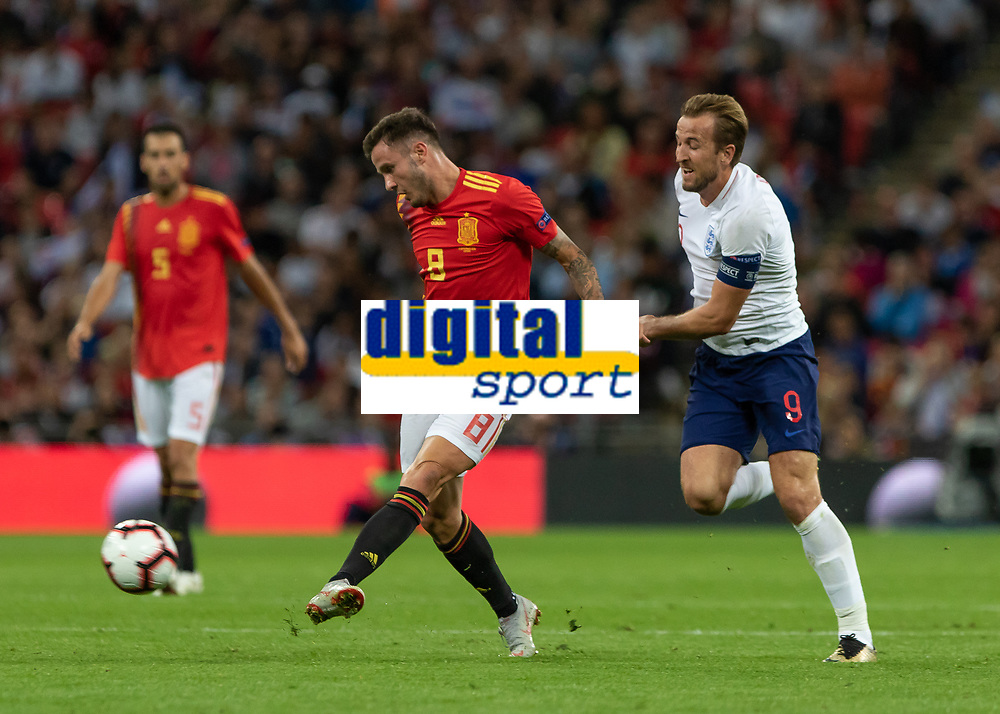 Football - 2018 / 2019 UEFA Nations League A - Group Four: England vs. Spain<br /> <br /> Harry Kane (England) tries to closes down Saul Niguez (Spain) at Wembley Stadium.<br /> <br /> COLORSPORT/DANIEL BEARHAM