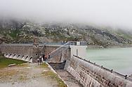 Svizzera,Alta Valposchiavo:il lago bianco e la sua diga