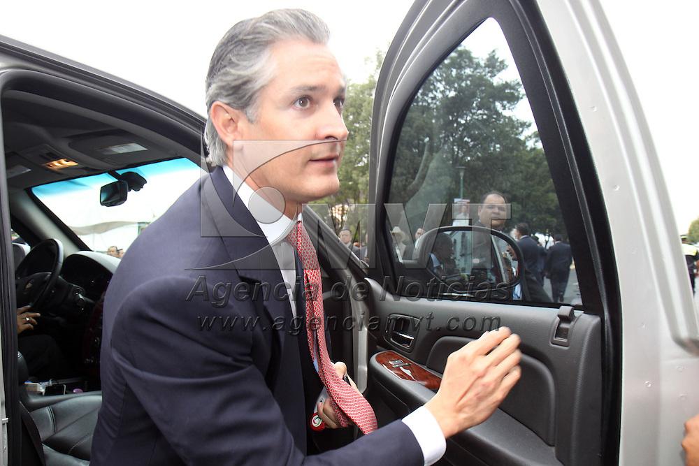 TOLUCA, México.- Alfredo del Mazo Maza, presidente municipal de Huixquilucan, invitado al V Informe de Gobierno del Enrique Peña Nieto. Agencia MVT / Crisanta Espinosa. (DIGITAL)