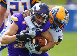 19.06.2016, FAC Stadion, Wien, AUT, AFL, AFC Vienna Vikings vs Projekt Spielberg Graz Giants, im Bild Alexander Hertel (Vienna Vikings) und Clint Floyd (Projekt Spielberg Graz Giants, DB, #19) // during the AFL game between AFC Vienna Vikings vs Projekt Spielberg Graz Giants at the FAC Stadion, Vienna, Austria on 2016/06/19. EXPA Pictures © 2016, PhotoCredit: EXPA/ Thomas Haumer
