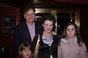 Valentine Guinness, Lulu Guinness with Tara and Madeleine, Mary Poppins Gala charity night  in aid of Over the Wall. Prince Edward Theatre. 14 December 2004. ONE TIME USE ONLY - DO NOT ARCHIVE  © Copyright Photograph by Dafydd Jones 66 Stockwell Park Rd. London SW9 0DA Tel 020 7733 0108 www.dafjones.com