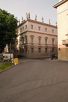 VICENZA, CENTRO STORICO, PALAZZO LEONI MONTANARI, VENETO, ITALIA