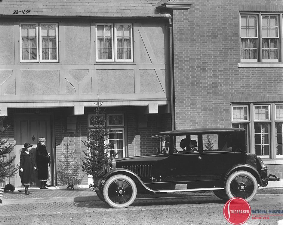 1923 Studebaker Big Six Five-Passenger Coupe