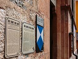 THEMENBILD - Hallstatt - der Ort mit besonderem Flair - liegt mitten im Salzkammergut am idyllischen Hallstätter See. Kulturdenkmal Schilder erinnern an die Zeit im 16. Jahrhundert, aufgenommen am 31. März 2018, Hallstatt, Österreich // Hallstatt - the place with a special flair - is located in the middle of the Salzkammergut on the idyllic Lake Hallstatt. Cultural Monument Signs remind of the time in the 16th century on 2018/03/31, Hallstatt, Austria. EXPA Pictures © 2018, PhotoCredit: EXPA/ Stefanie Oberhauser