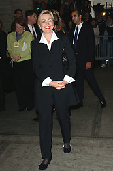 Senator Hillary Clinton arrives at the Julliard theater at Lincoln Center to attend the Christopher Reeve's Memorial Service, in New York, USA - October 29, 2004. Photo by Cau-Khayat/ABACA