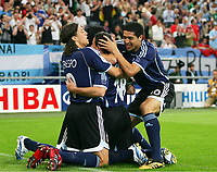 1:0 Jubel v.l. Hernan Crespo, Maxi Rodriguez, Juan Riquelme Argentinien<br /> Fussball WM 2006 Argentinien - Serbien Montenegro<br /> Argentina - Serbia Montenegro<br />  Norway only