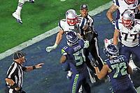 NFL<br /> Super Bowl<br /> 01.02.2015<br /> Foto: imago/Digitalsport<br /> NORWAY ONLY<br /> <br /> LB Bruce Irvin (51, Seahawks) fängt eine Schlägerei mit TE Rob Gronkowski (87, Patriots) an und wird dafür bestraft - Super Bowl XLIX, Seattle Seahawks vs. New England Patriots, University of Phoenix Stadium, Phoenix<br /> <br /> LB Bruce Irvin 51 Seahawks begins a Brawl with Te Rob Gronkowski 87 Patriots to and will for it punished Super Bowl  Seattle Seahawks vs New England Patriots University of Phoenix Stage Phoenix