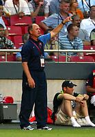 Lisbon 16/6/2004 Euro2004 <br />RUSSIA PORTUGAL<br />Solari allenatore del Portogallo<br />Photo Graffiti