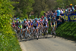 17-04-2011 WIELRENNEN: AMSTEL GOLD RACE: VALKENBURG<br /> Peloton beklimt de Gulperberg, voorste rij tweede van links winnaar Philippe Gilbert BEL<br /> ©2011-WWW.FOTOHOOGENDOORN.NL / Peter Schalk