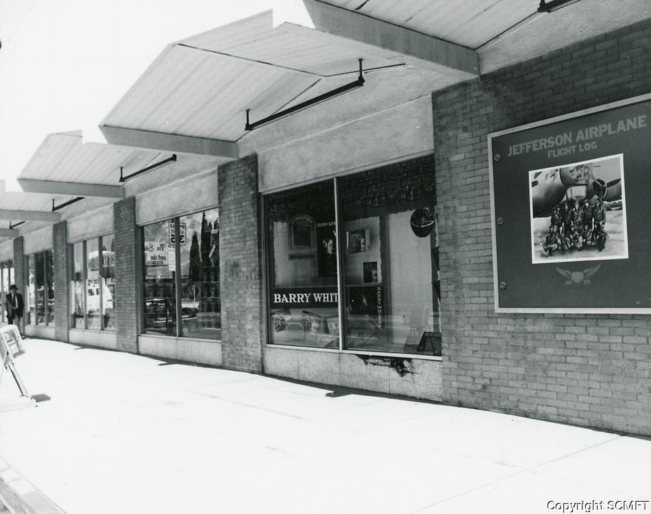 1977 Wallich's Music City at Sunset Blvd. & Vine St.