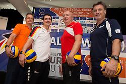 05-09-2013 VOLLEYBAL: EK VROUWEN PERS CONFERENTIE: HALLE<br /> v.l.n.r.: Gido Vermeulen (Trainer / Coach Niederlande), Giovanni Guidetti (Trainer / Coach / Bundestrainer Deutschland), Massimo Barbolini (Trainer / Coach Türkei / Tuerkei), Francisco Manuel Hervas (Trainer / Coach Spanien)<br /> ***NETHERLANDS ONLY***<br /> ©2013-FotoHoogendoorn.nl