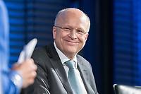 09 NOV 2018, BERLIN/GERMANY:<br /> Prof. Dr. Koen Lenaerts, Praesident des Europaeischen Gerichtshofs, waehrend einer Diskussion nachder von ihm gehaltenen Europa-Rede, einer jaehrlich wiederkehrende Stellungnahme der hoechsten Repraesentanten der Europaeischen Union zur Idee und zur Lage Europas, organisiert von der Konrad-Adenauer-Stiftung, der Stiftung Zukunft Berlin, der Schwarzkopf Stiftung Junges Europa sowie der Stiftung Mercator, Allianz Forum<br /> IMAGE: 20181109-01-119