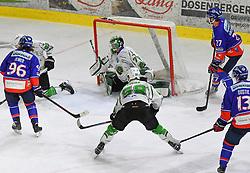 17.09.2021, Tiroler Wasserkraft Arena, Innsbruck, AUT, ICE, HC TWK Innsbruck Die Haie vs HK SZ Olimpija, Grunddurchgang, 1. Runde, im Bild v.l. Martin Ulmer (HC TIWAG Innsbruck), Paavo Holsa (HK SZ Olimpija Ljubljana), Sebastien Piche (HK SZ Olimpija Ljubljana), Michael Huntebrinker (HC TIWAG Innsbruck) // during the bet-at-home ICE Hockey League Basic round 1th round match between HC TWK Innsbruck Die Haie and HK SZ Olimpija at the Tiroler Wasserkraft Arena in Innsbruck, Austria on 2021/09/17. EXPA Pictures © 2021, PhotoCredit: EXPA/ Erich Spiess