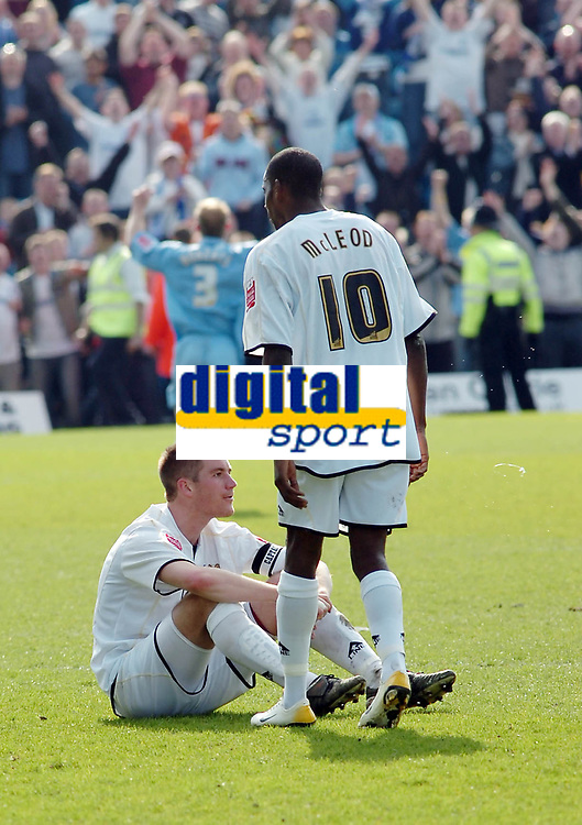 Photo: Kevin Poolman.<br />Milton Keynes Dons v Tranmere Rovers. Coca Cola League 1. 29/04/2006. MK players Paul Mitchell and Izale McLeod after the game.