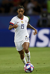 June 28, 2019 - Paris, France - Crystal Dunn (NC Courage) of United States controls the ball during the 2019 FIFA Women's World Cup France Quarter Final match between France and USA at Parc des Princes on June 28, 2019 in Paris, France. (Credit Image: © Jose Breton/NurPhoto via ZUMA Press)