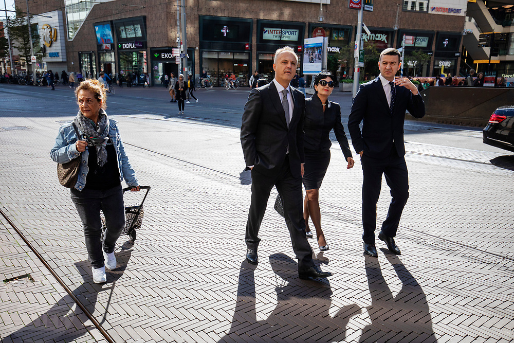 Nederland, Den Haag, 26-09-2018<br /> In Den Haag lopen personen door de binnenstad.<br /> <br /> In The Hague people walk at the city center.<br /> Foto: Bas de Meijer / De Beeldunie