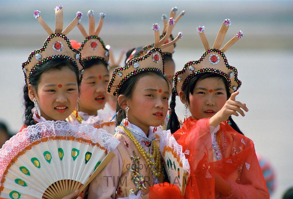 Girls, Shanghai, China.