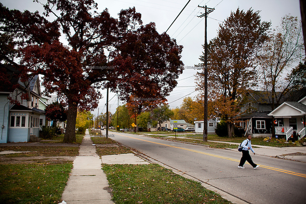 Fint, Michigan, USA. A residential area in Flint. The state of Michigan once was concidered a promised land, in the era of the american automobile industry adventure. Due to the financial crisis, the state is on the brink of economic and social colapse. Fifty years ago, the city of Detroit was home of two million residents. In 2012 only 700.000 residents remain, and 87 percent of the remaining residents are African Americans. The gap between rich and poor in Detroit are as great as in the Philipines. Photo: Christopher Olssøn.