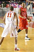 DESCRIZIONE : Roma Campionato Lega A 2013-14 Acea Virtus Roma EA7 Emporio Armani Milano <br /> GIOCATORE : Jerrels Curtis<br /> CATEGORIA : palleggio ritratto<br /> SQUADRA : EA7 Emporio Armani Milano <br /> EVENTO : Campionato Lega A 2013-2014<br /> GARA : Acea Virtus Roma EA7 Emporio Armani Milano <br /> DATA : 02/12/2013<br /> SPORT : Pallacanestro<br /> AUTORE : Agenzia Ciamillo-Castoria/M.Simoni<br /> Galleria : Lega Basket A 2013-2014<br /> Fotonotizia : Roma Campionato Lega A 2013-14 Acea Virtus Roma EA7 Emporio Armani Milano <br /> Predefinita :