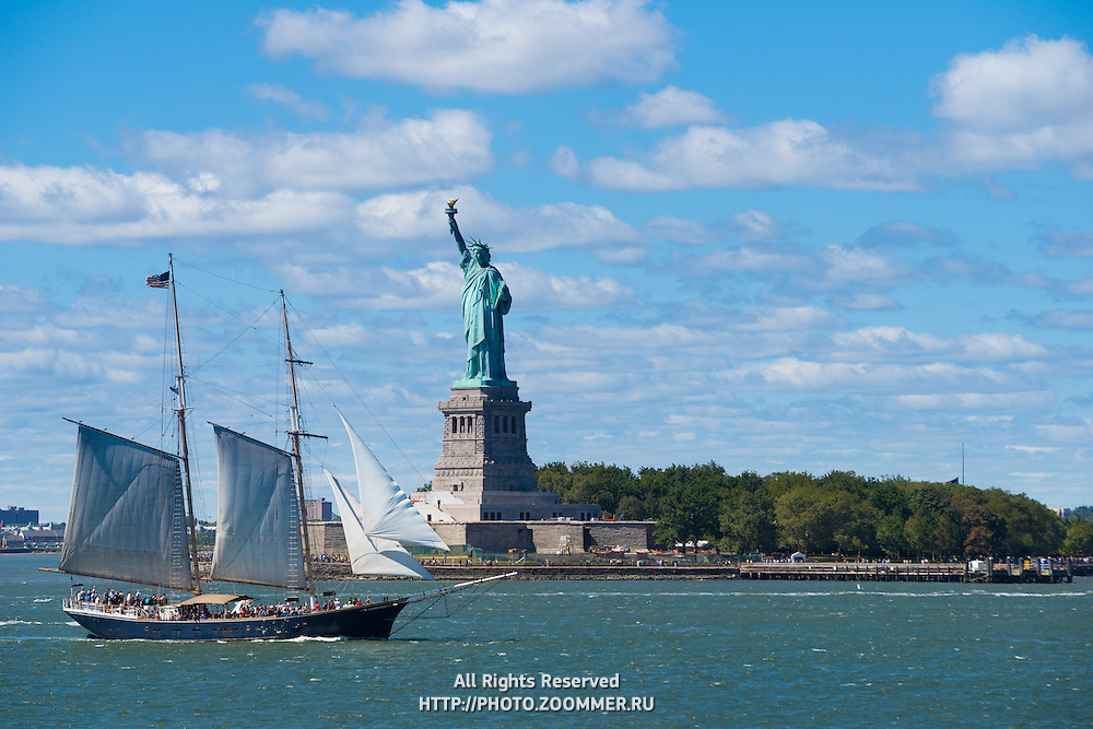 Statue of Liberty and sail boat tour to Liberty Island, New York