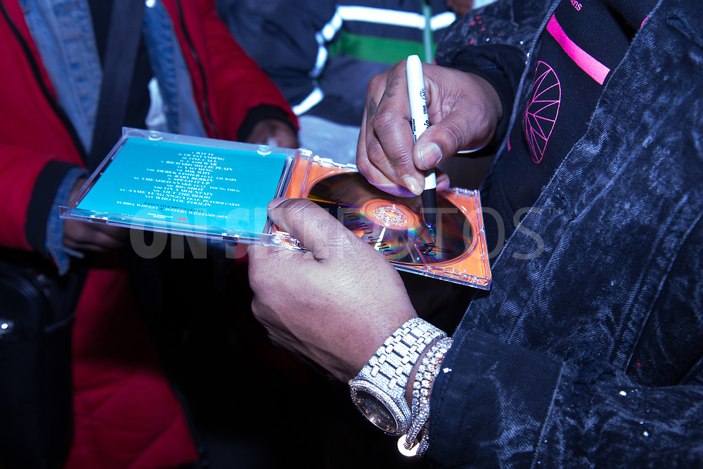 WASHINGTON, DC - FEBRUARY 28: Gunna attends 'Drip or Drown 2' album signing at DTLR - Rhode Island Ave on February 28, 2019 in Washington, DC. (Photo by Brian Stukes/ON-SITEFOTOS)