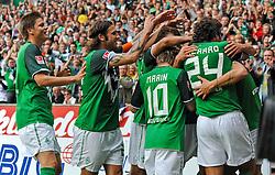 28.08.2010, Weserstadion, Bremen, GER, 1. FBL, Werder Bremen vs 1. FC Köln / Koeln, im Bild Jubel bei Werder Bremen nach dem 2:0   EXPA Pictures © 2010, PhotoCredit: EXPA/ nph/  Frisch+++++ ATTENTION - OUT OF GER +++++ / SPORTIDA PHOTO AGENCY